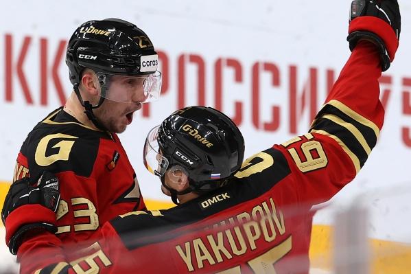 В этом матче мы наконец-то смогли наслаждаться игрой Наиля Якупова (и Владимира Брюквина, конечно)