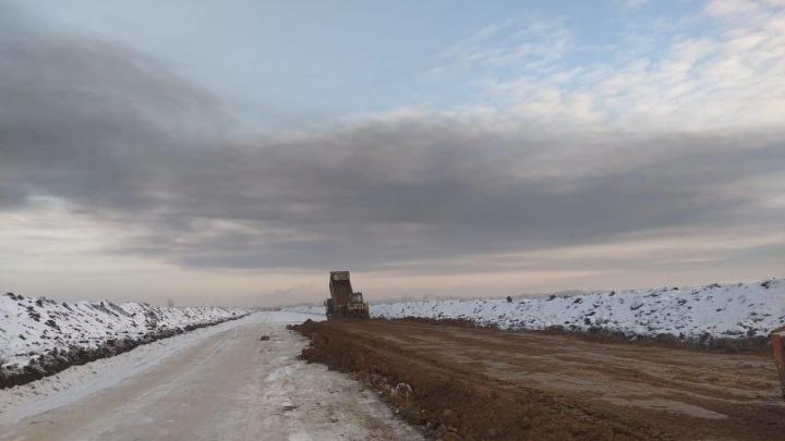 Под Омском до конца лета планируют достроить дорогу в обход поселка Магистрального
