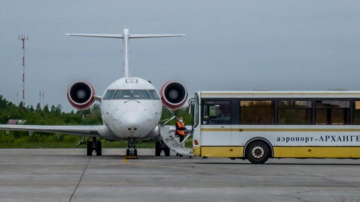 В Архангельске самолет не смог приземлиться с первого раза. В этом разбирается транспортная прокуратура