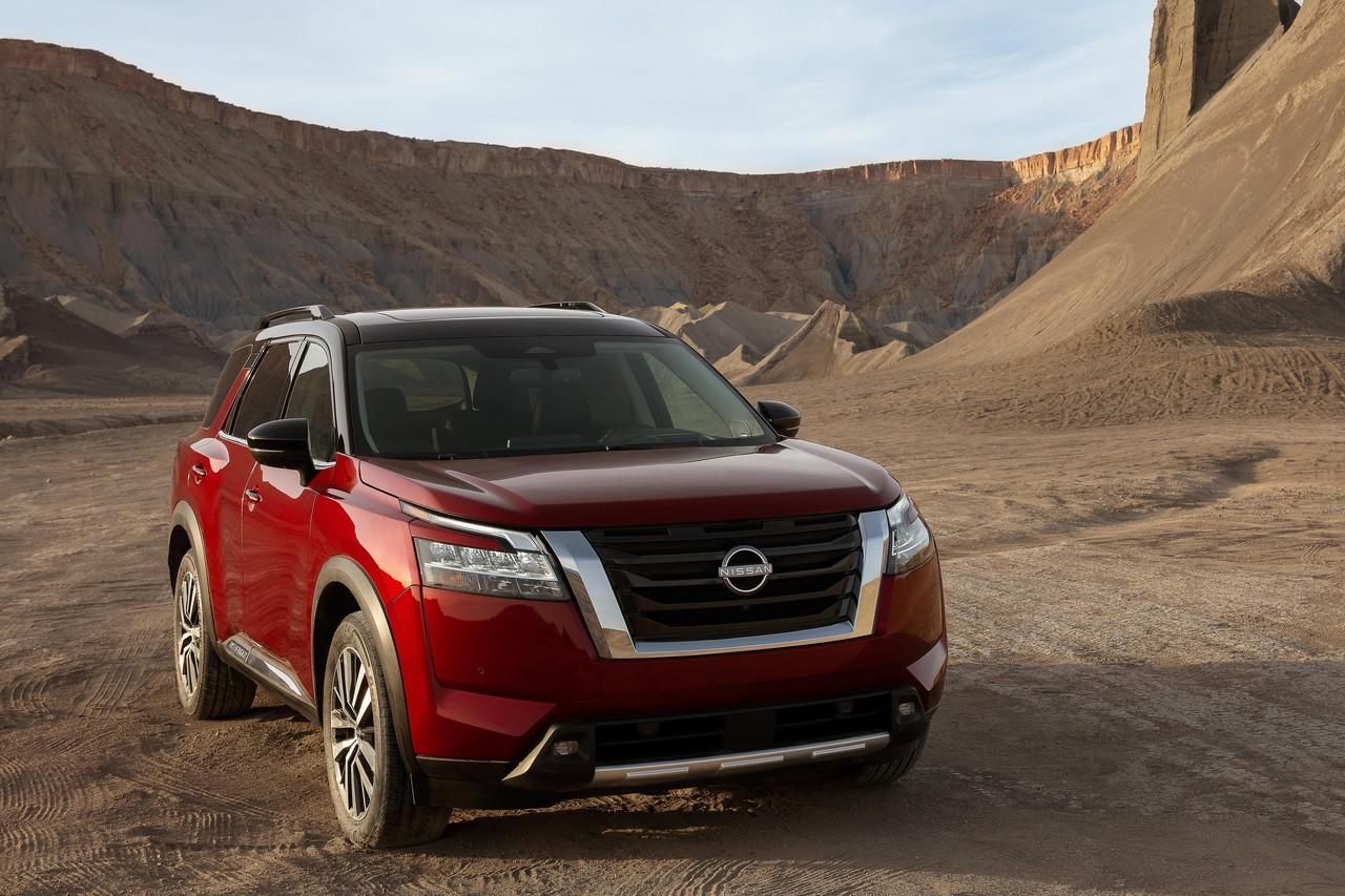 Новый Nissan Pathfinder выглядит весьма радикально по меркам модели