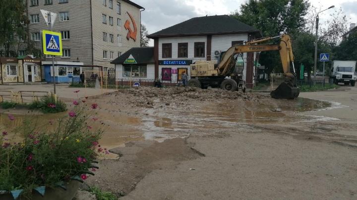 «Вонь, фекалии и слизь»: в Ярославской области случилось крупное коммунальное бедствие