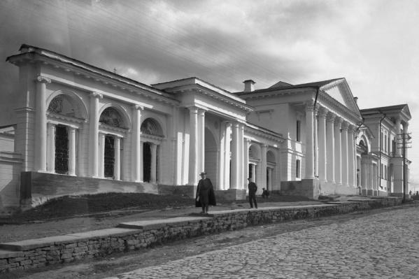 Император остановился в доме купца Расторгуева (впоследствии Харитонова)