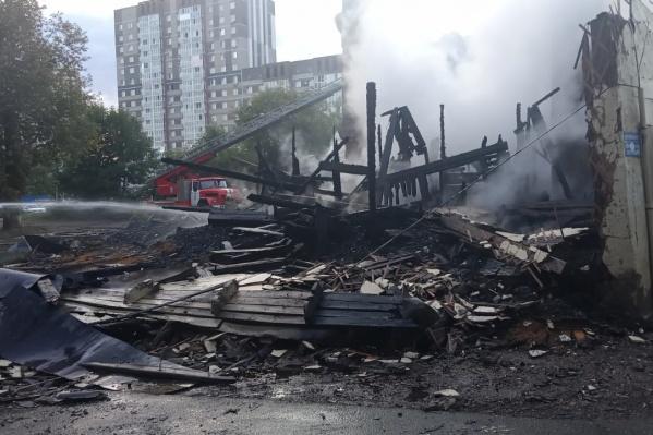 По данным МЧС Башкирии, площадь пожара составила 70 квадратных метров