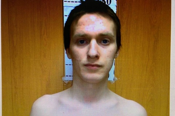 Мужчина, подозреваемый в изнасиловании, не найден до сих пор
