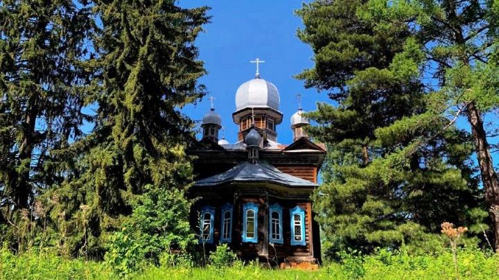 Столетний храм и Черное озеро: на что можно посмотреть в Усть-Ишимском районе