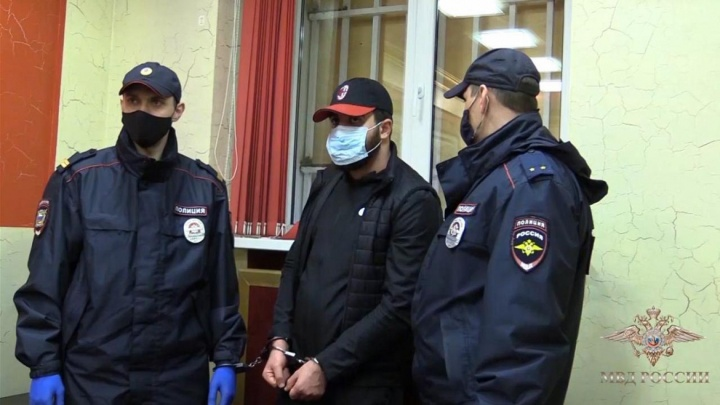 Проверяют на кражи в Крыму и Ставрополье: полиция задержала налетчиков, ограбивших салон «Клеопатра»