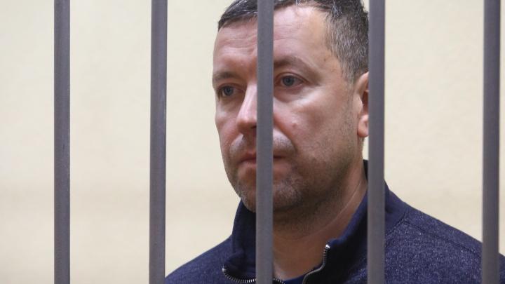 В Екатеринбурге бывшего замглавы СК приговорили к колонии строгого режима за взятку