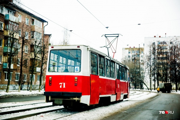 "Ярославцы утром не дождались трамвая <nobr class=""_"">№ 6</nobr>"