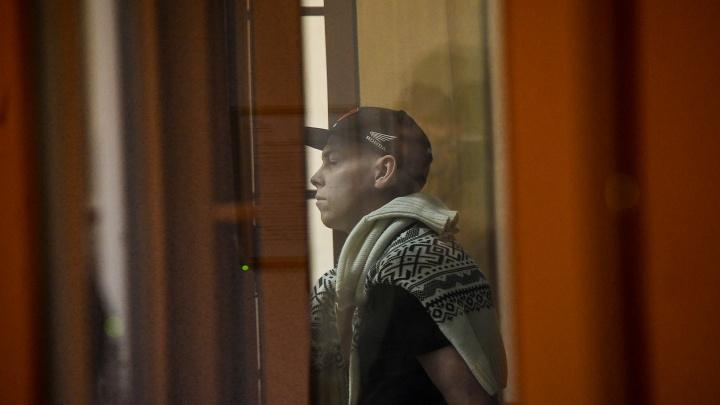 «Я не заслуживаю пожизненного». Поджигатель дома на Омской, где погибли 8 человек, выступил с последним словом