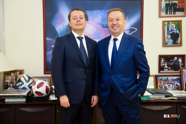 Лев (слева) с отцом — основателем «Кировского» Игорем Ковпаком