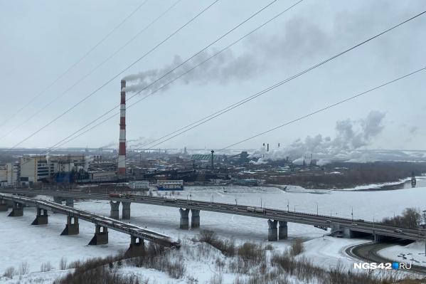 """Министр природных ресурсов и экологии Кузбасса сообщил, что в 2021 году в Кемерово уже <nobr class=""""_"""">17 раз</nobr> вводили режим «черного неба», а в <nobr class=""""_"""">Новокузнецке — 7</nobr><br>"""