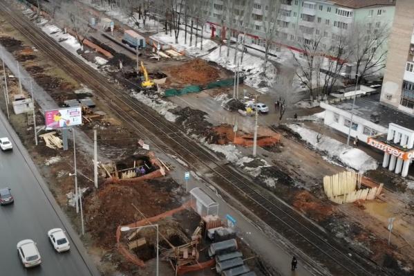 Совсем скоро строительная техника перекроет и основную часть Ново-Садовой