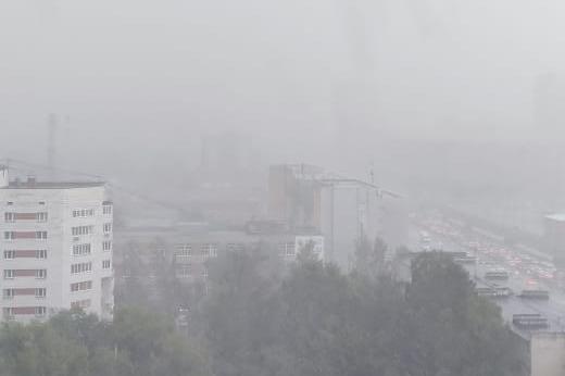 Теперь точно прощай, жара! Екатеринбург накрыло крупным градом