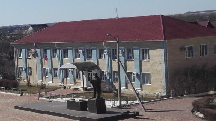 На север Волгоградской области обрушился ураган
