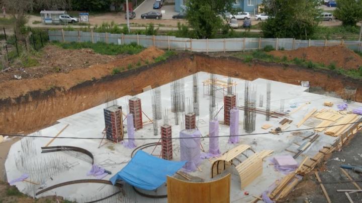 У ботанического сада залили фундамент нового детского епархиального центра