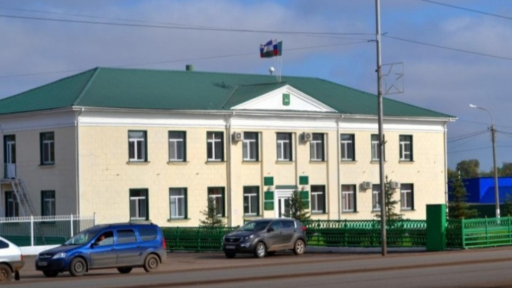В администрации района Башкирии ответили натребование прокурора уволить их сотрудника заутрату доверия