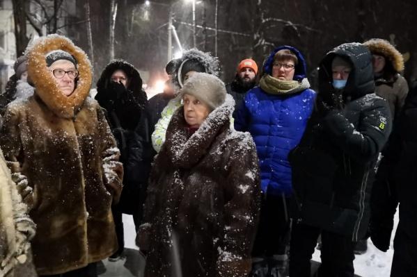 В морозы жители замерзали в своих квартирах