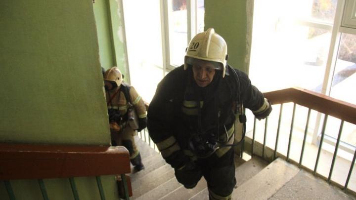 Из пятиэтажки в Волжском экстренно эвакуировали жильцов