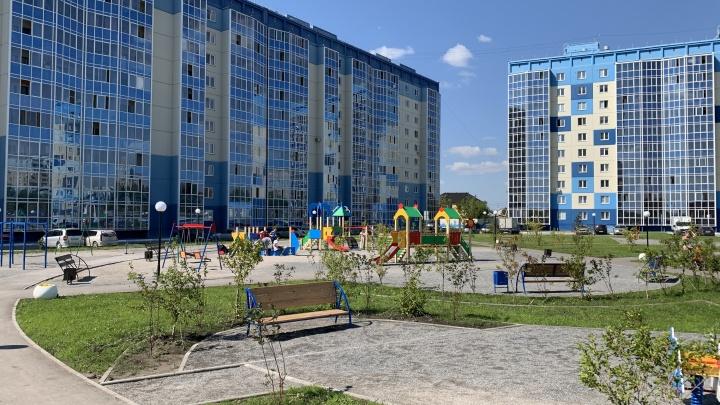 «СССР» постарался до мелочей: где в Новосибирске меняют имя остановке и строят часовню в квартале