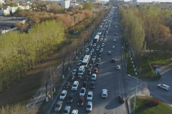 Московское шоссе часто стоит в пробках