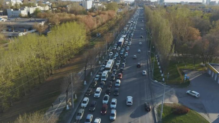 Губернатору предложили сделать полосы для общественного транспорта на Московском шоссе