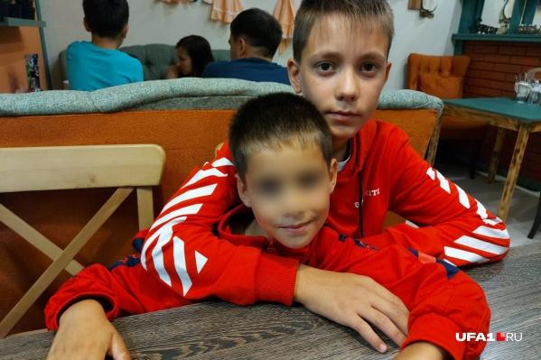 13-летний Ефим Москвин уже месяц находится в коме