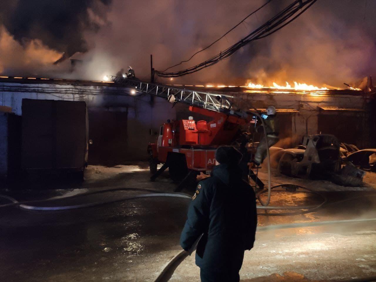 Пожар произошел на улице Монтажников