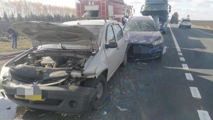 Дальнобойщик из Челябинской области попал на Volvo в массовую аварию на трассе М-5