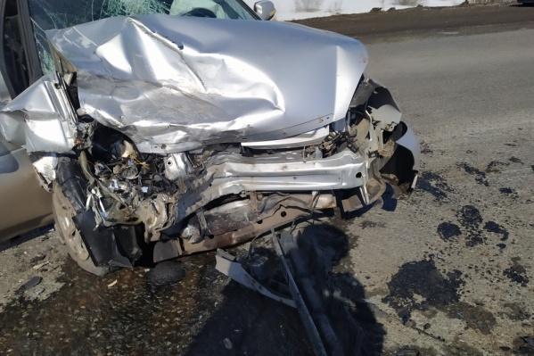 В ДТП на трассе столкнулись три автомобиля