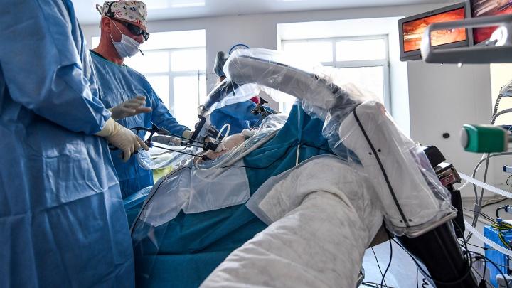 Будущее наступило — нас оперируют роботы. 8 фото из операционной