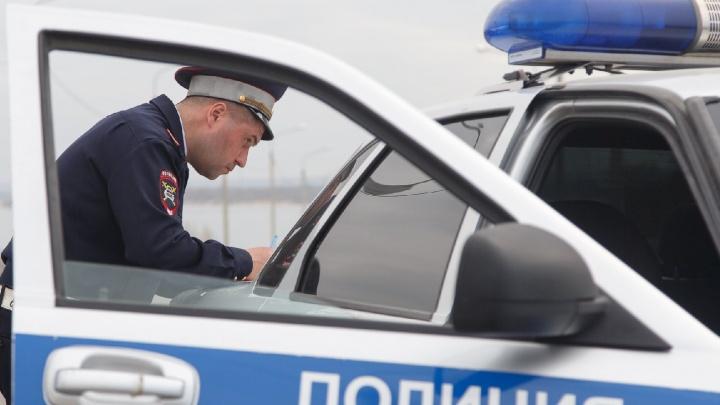 Хотели наказать, но не вышло: в Волгограде двое братьев напали с ножом на водителя эвакуатора