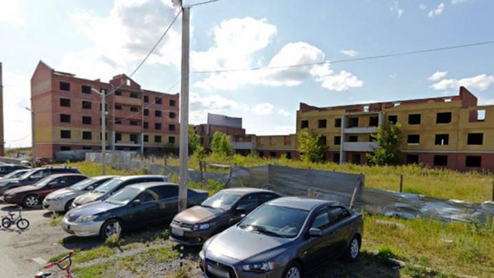 Дольщикам недостроя экс-депутата Шушубаева в Ясной Поляне выплатят компенсации