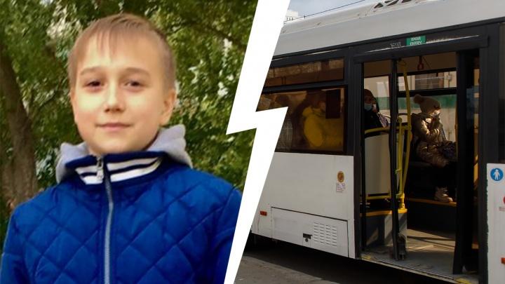 «У него просто не сработала карта»: кондуктор в мороз выгнала из автобуса 14-летнего школьника
