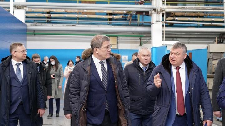 В Уфу приехал Анатолий Сердюков