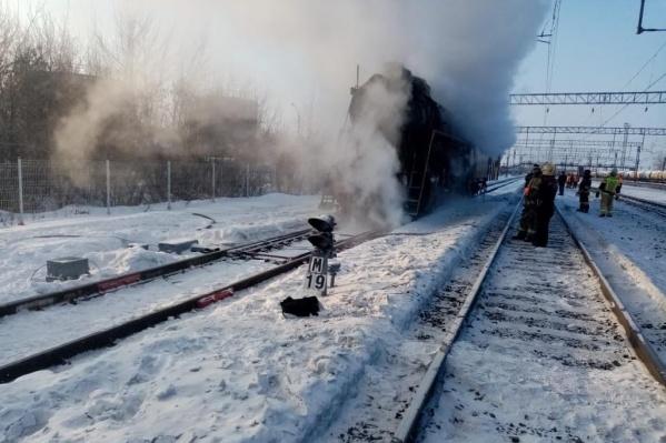 Локомотив задымился на запасных путях