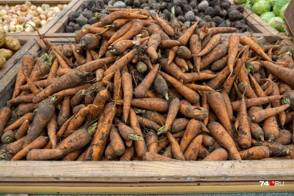 По данным Свердловскстата, морковь в Зауралье в среднем стоит 94,04 рубля за килограмм