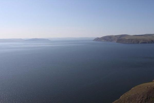 Сыдинский залив Красноярского водохранилища, где плавали потерпевшие