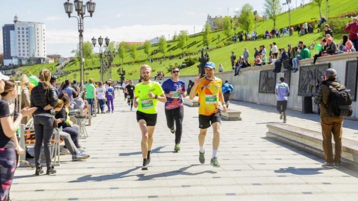 Бегут все: до старта «Зеленого марафона» от Сбера осталось меньше суток