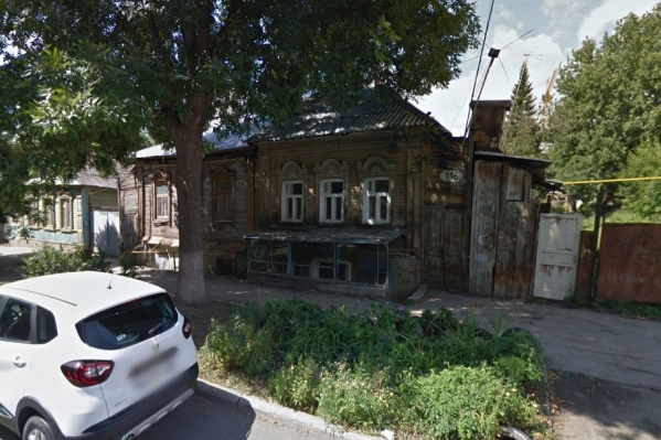 Дом с вековой историей попал в зону реновации
