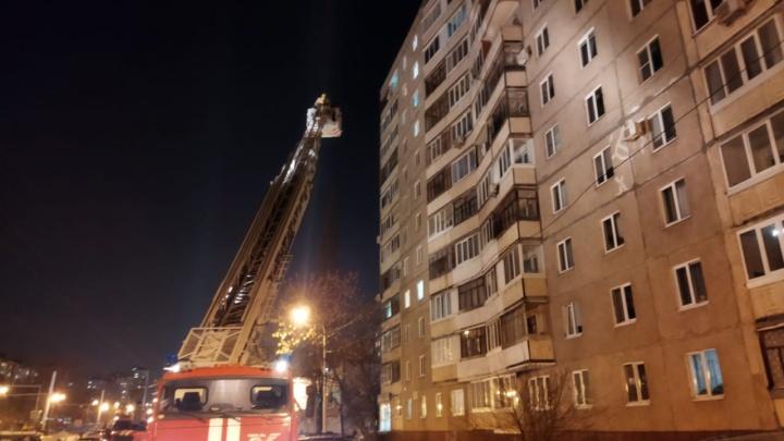В Уфе загорелась квартира в 12-этажном жилом доме, погибли две женщины