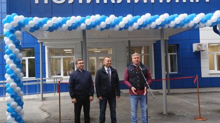 70 энергетиков ежедневно участвовали в реконструкции поликлиники в Шадринске