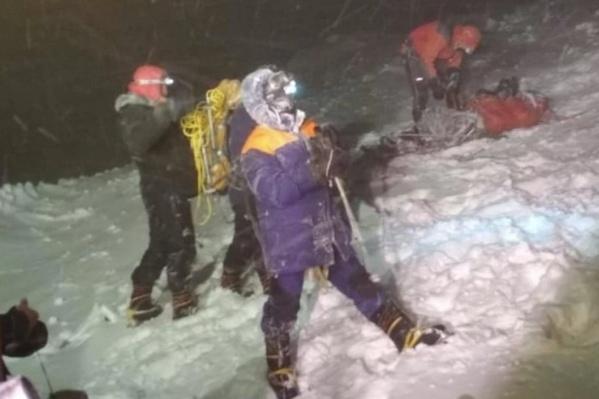 МЧС удалось спасти 14 альпинистов из 23