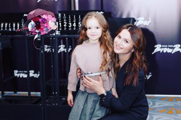 Наталья Шик и ее дочь Настя