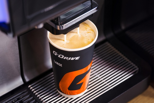 Создать напиток по индивидуальным настройкам можно в мобильном приложении сети АЗС «Газпромнефть»