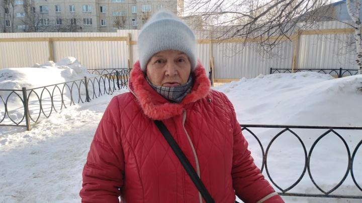 Пенсионерка из разваливающегося общежития на Ставропольской просит у властей деньги на съем жилья