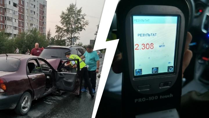 В Первоуральске пьяный водитель устроил ДТП. Пострадала 8-месячная девочка