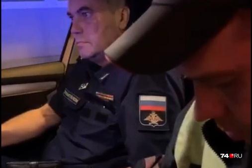 Заместитель начальника филиала военно-воздушной академии не стал проходить тест на алкоголь ни в машине ГИБДД, ни в лаборатории