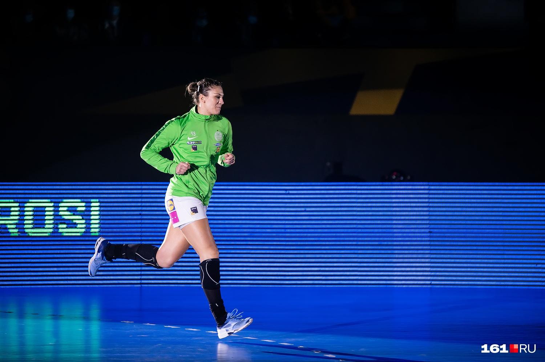 В прошлом сезоне Юлия Бенке выступала за «Ростов-Дон», теперь — за«Ференцварош»