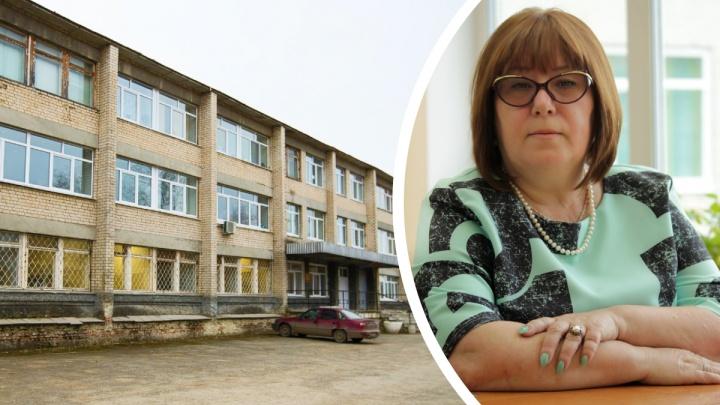 «Ее убил не COVID, а равнодушие». На Урале дети погибшей от коронавируса учительницы подали в суд на больницу