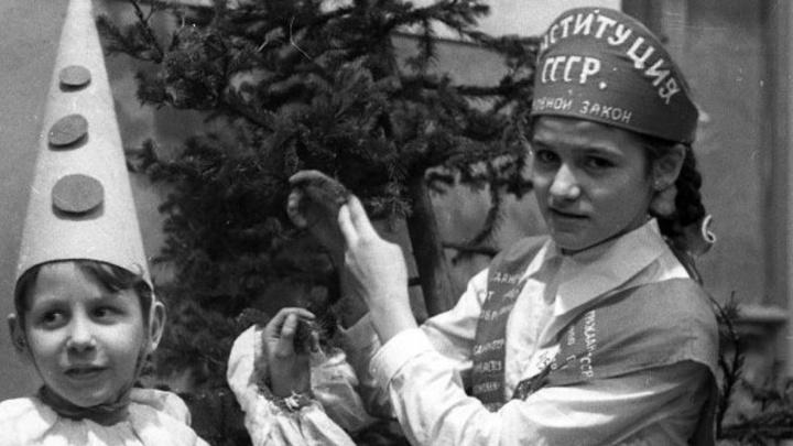Как украшали Пермь и праздновали Новый год в Прикамье в советские годы: публикуем архивные фото